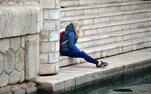 """Τα προβλήματα ψυχικής υγείας μπορεί να είναι """"τόσο η αιτία όσο και το αποτέλεσμα"""" μιας αποβολής από το σχολείο"""