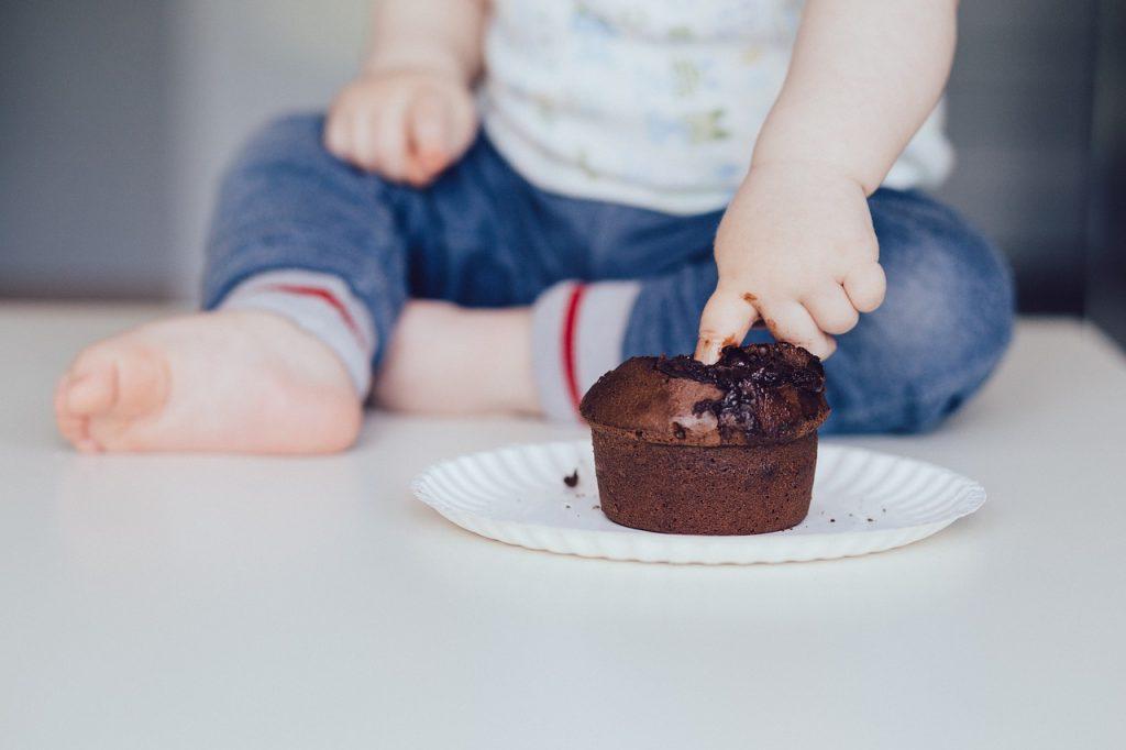 Οι διατροφικές διαταραχές στην εφηβεία μπορεί να συσχετίζονται με τις διατροφικές συνήθειες στην παιδική ηλικία