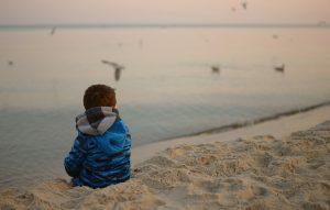 Μελέτη ενός εκατομμυρίου παιδιών στη Δανία: oι αντιξοότητες στην παιδική ηλικία αυξάνουν τον κίνδυνο για πρόωρο θάνατο