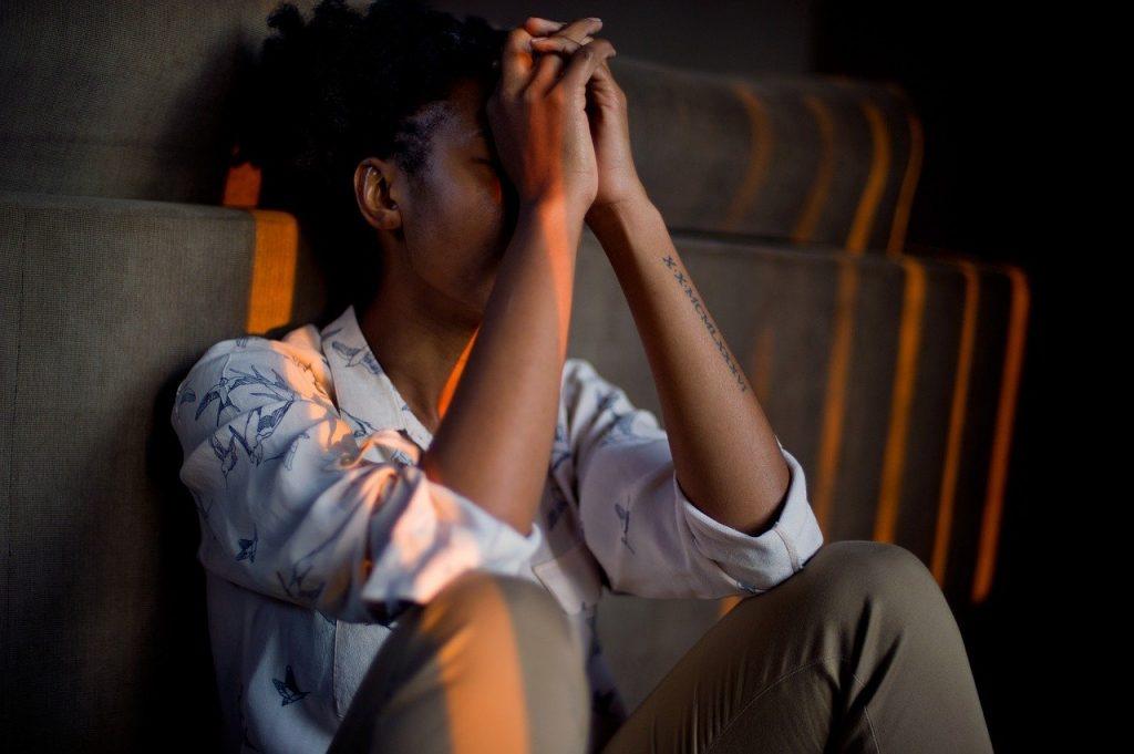 Η έκθεση σε σεξουαλική παρενόχληση στο χώρο εργασίας, συνδέεται με αυξημένο κίνδυνο αυτοκτονικής συμπεριφοράς